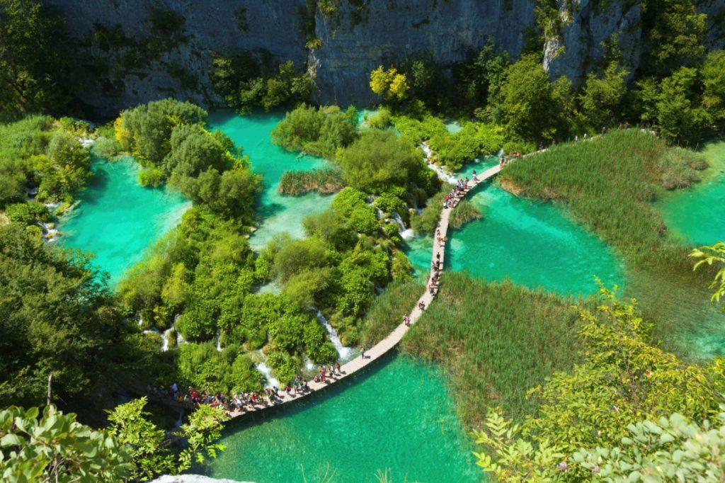 Ingresso al Parco nazionale dei laghi di Plitvice fornito ...
